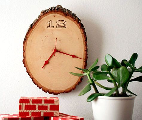 Tell Time on a DIY Clock
