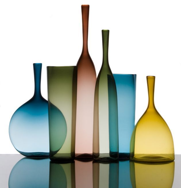 Be Minimal with Vases