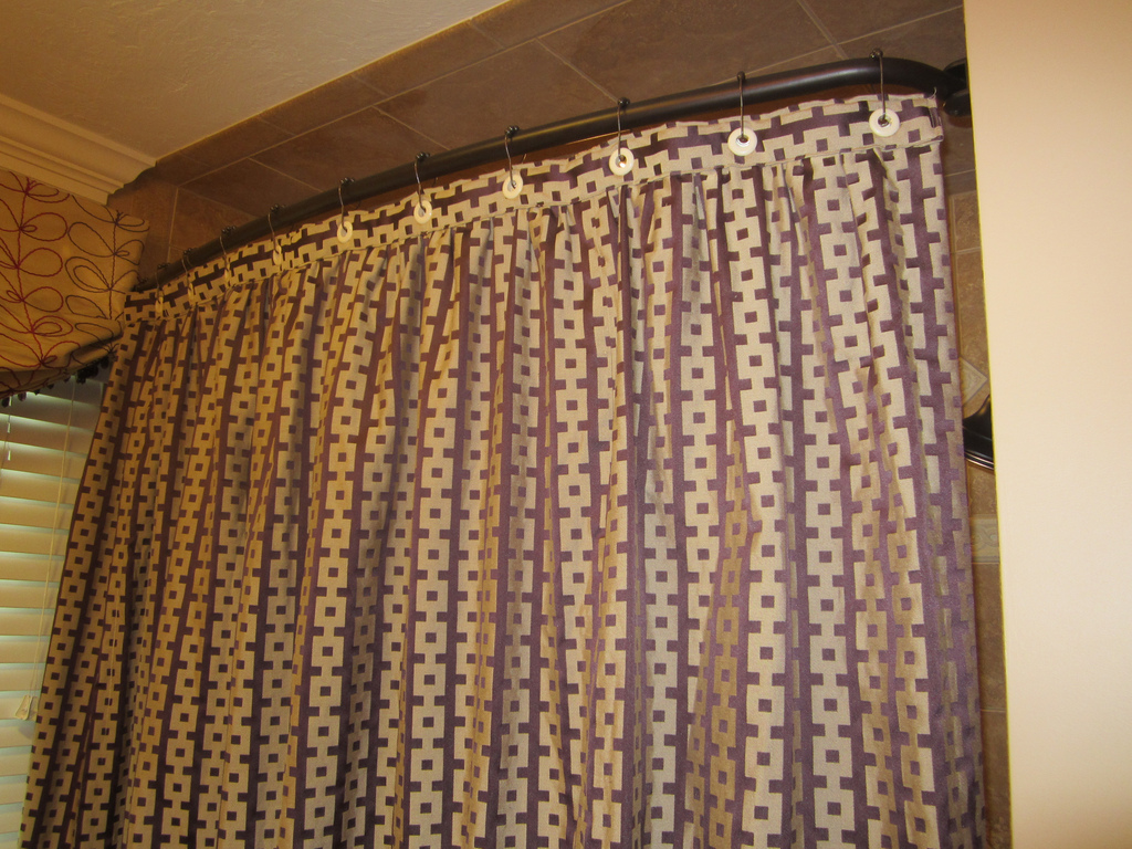Ditch The Sliding Shower Door, Go For A Curtain Instead