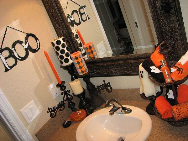 Condo Bathroom Halloween Design