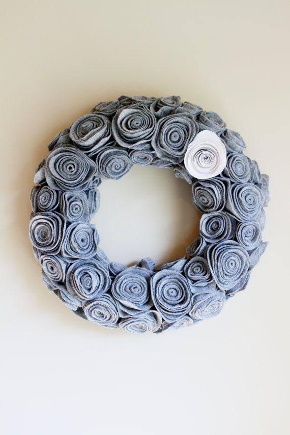 condo christmas wreath