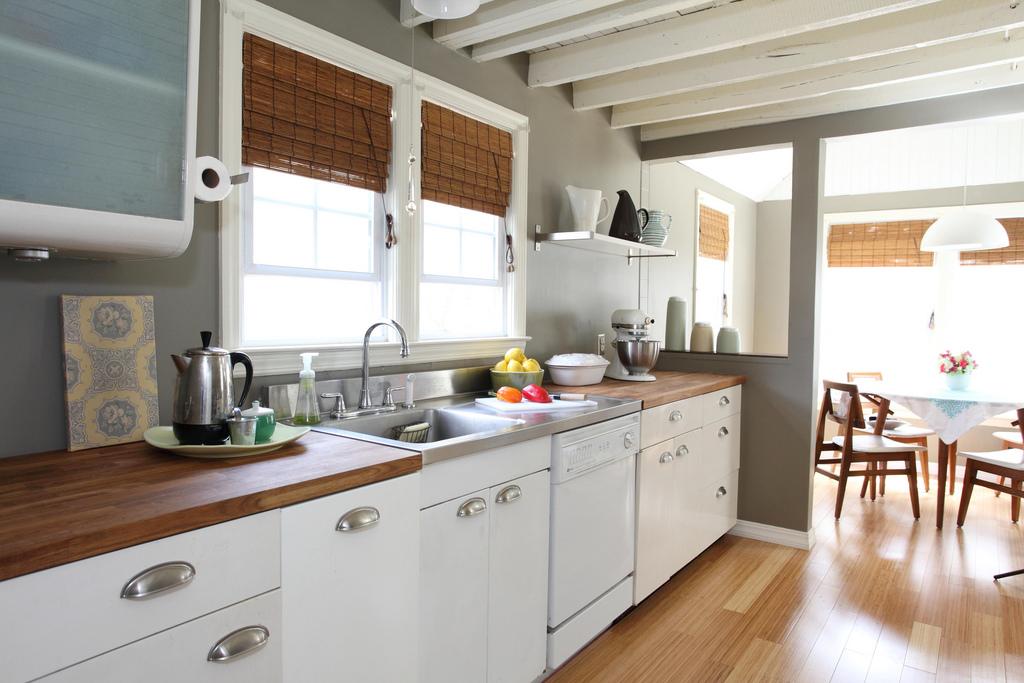 kitchen ideas condo rental