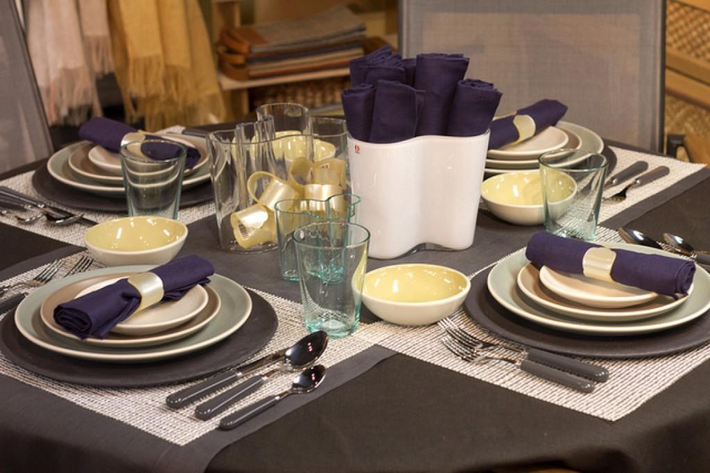 table setting ideas condominium