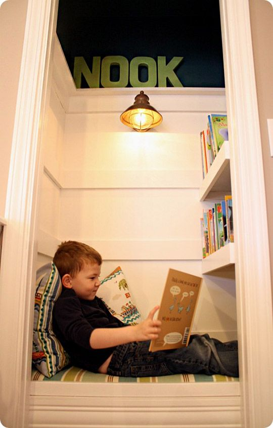mini nook for books library