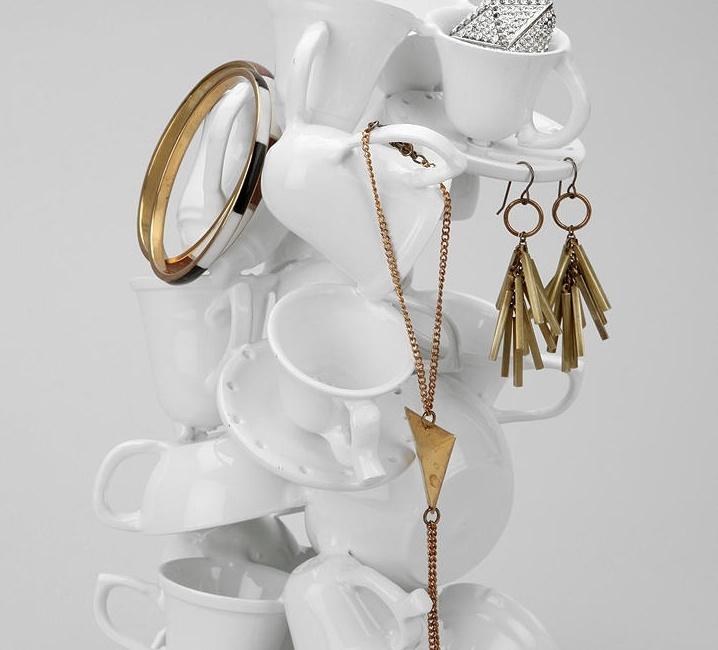 Make a jewelry stand