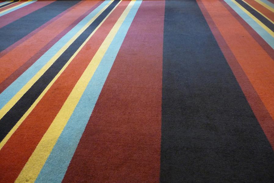 Paint a carpet