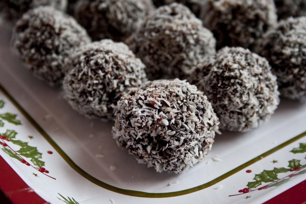 yummy dark chocolate truffles