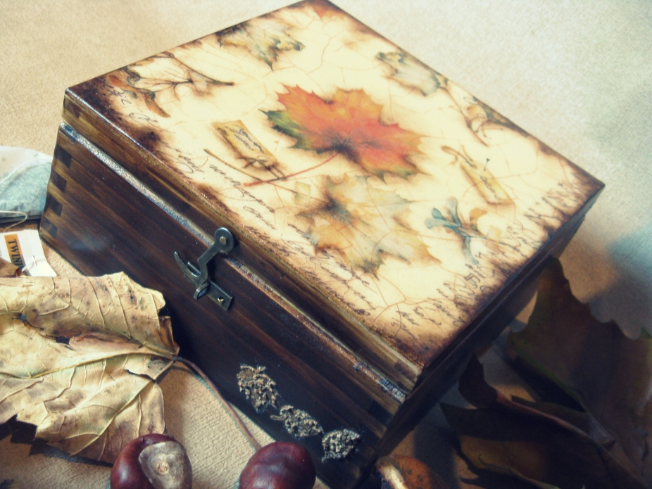 Charming shabby chic-inspired boxes