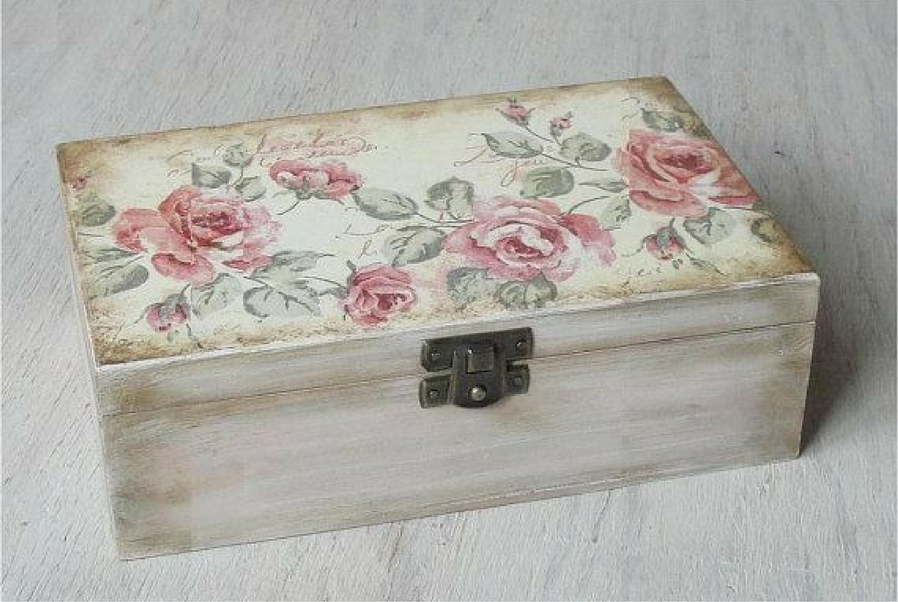 space-saving jewellery box