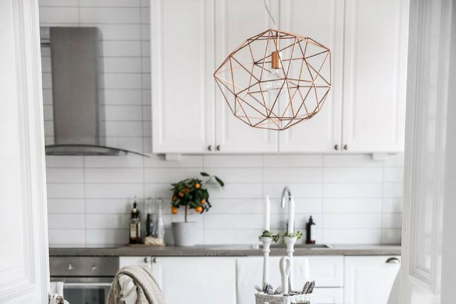 stunning geometric lamp