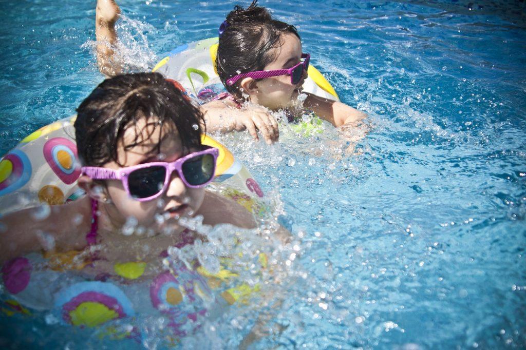 SplashingSummer Fun Kids