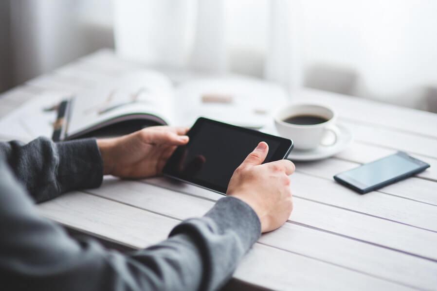 Avoid Burnout Take a Break from Technology (1)