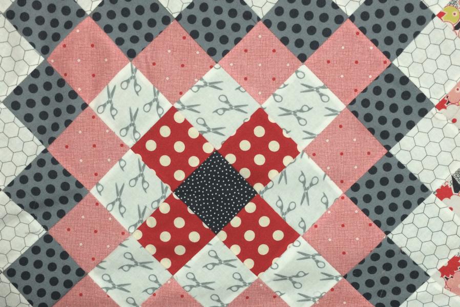Condo Design Papercraft Quaint Paper Quilt (1)