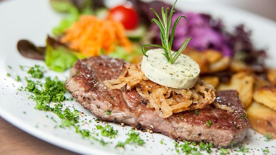 Rainy Evening Recipe Steak with Bleu Cheese
