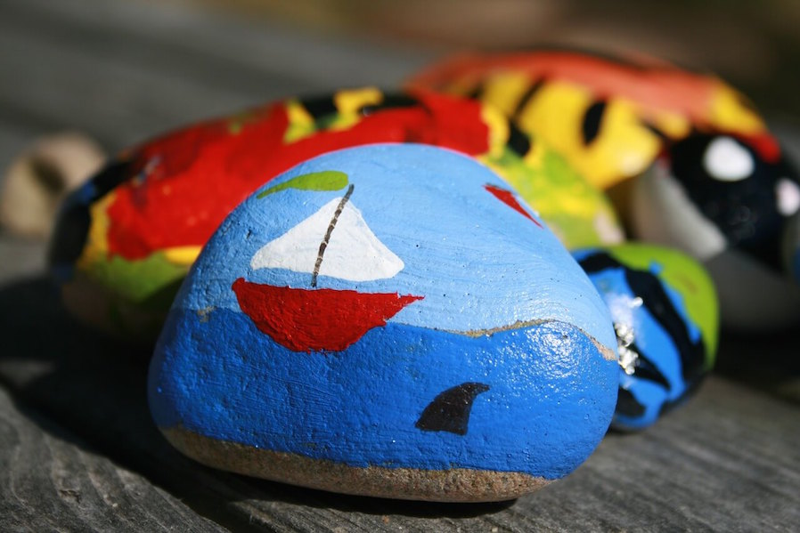 Condo Crafts Decorative Painted Rocks