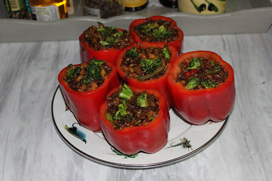 Healthy Gourmet Taco Stuffed Peppers