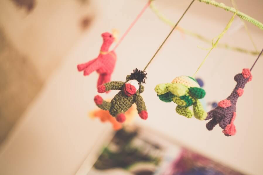 DIY Gifts Knitted Baby Mobile