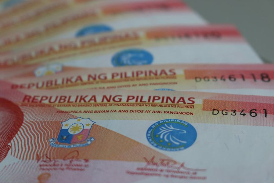 50-peso bills Philippine currency