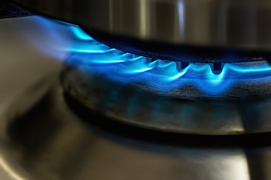 gas stove open blue flame