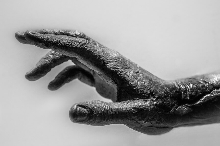 hand statue black and white
