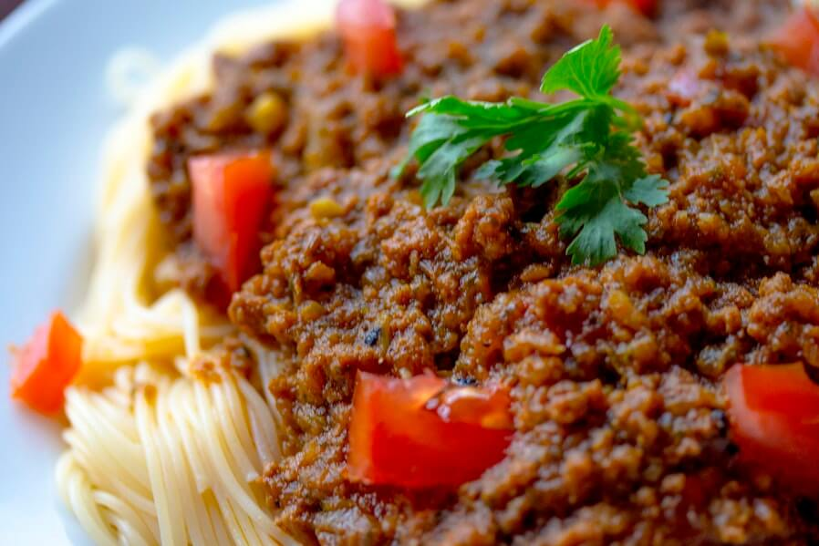 spaghetti with meaty sauce