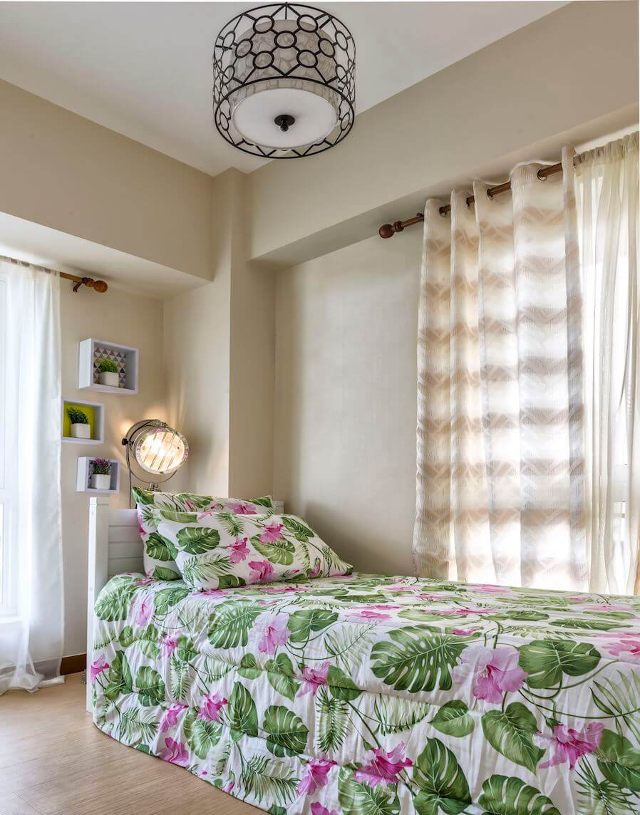 Bedroom with floral bed sheet