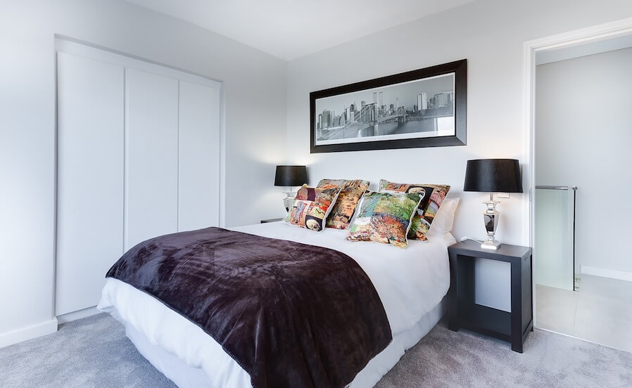 Design Your Bedroom With Your Favorite Color Without Overdoing It