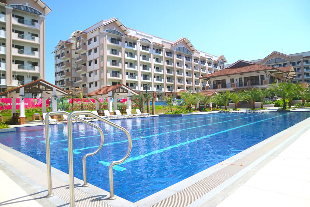 DMCI Ivory Wood Lap Pool