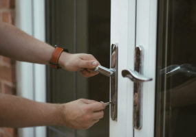 10 Ways to Keep your Condo Safe During the Holiday Season