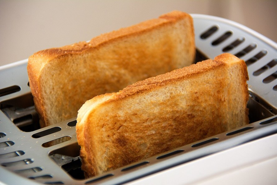 valentine's day recipe heart-shaped toast