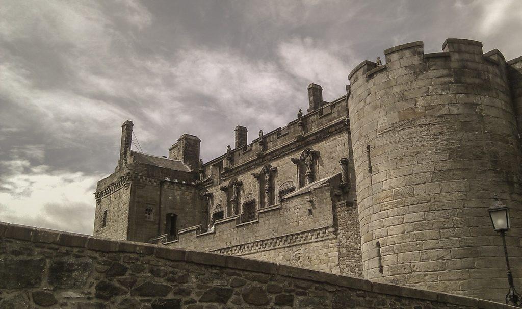 ancient architecture building