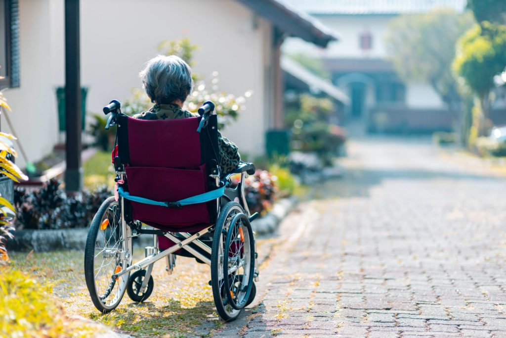 widen doorways wheelchaira