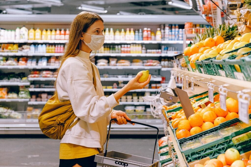 14 Grocery Shopping Tips During the COVID-19 Outbreak