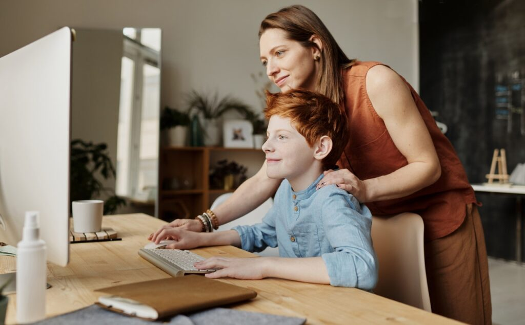 Parents' Ultimate Guide to Preparing Children for Home Learning