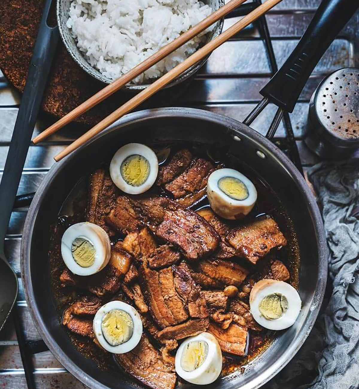 Filipinos have a passion for cooking and eating