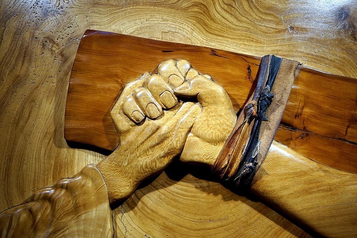 Paete wood furniture